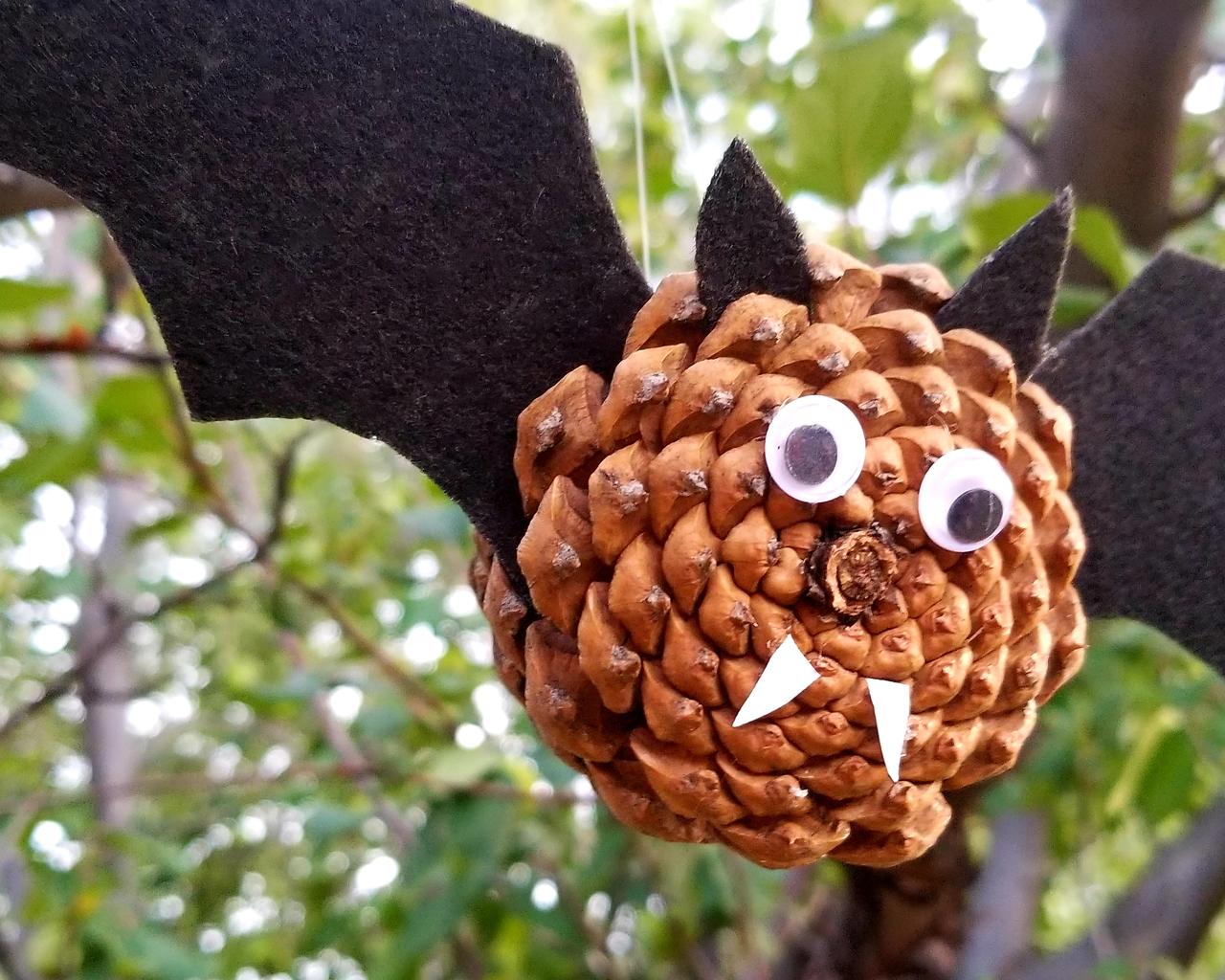 Pine Cone Bat For Kids Pine Cone Crafts For Kids And More